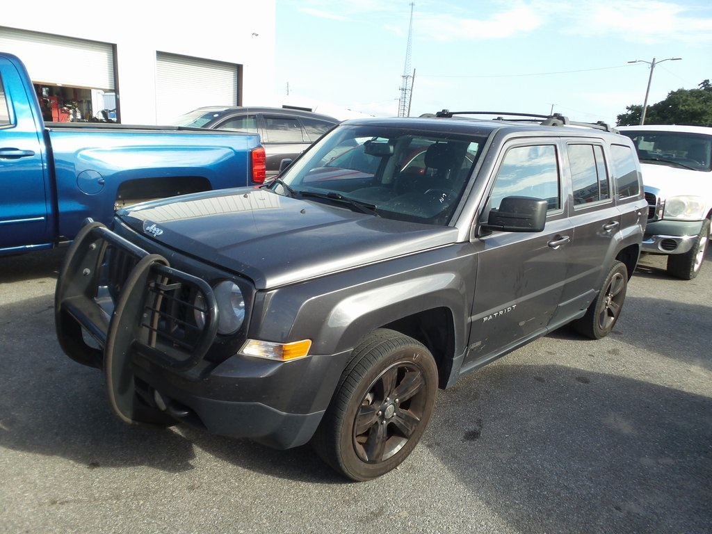 2014 Jeep Patriot Mpg >> Pre Owned 2014 Jeep Patriot Latitude 4d Sport Utility In