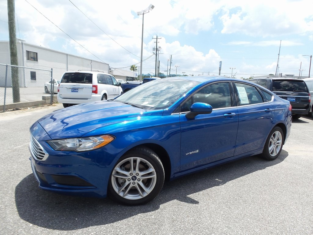 Sandy Sansing Used Cars >> Pre Owned 2018 Ford Fusion Hybrid Se Fwd 4d Sedan
