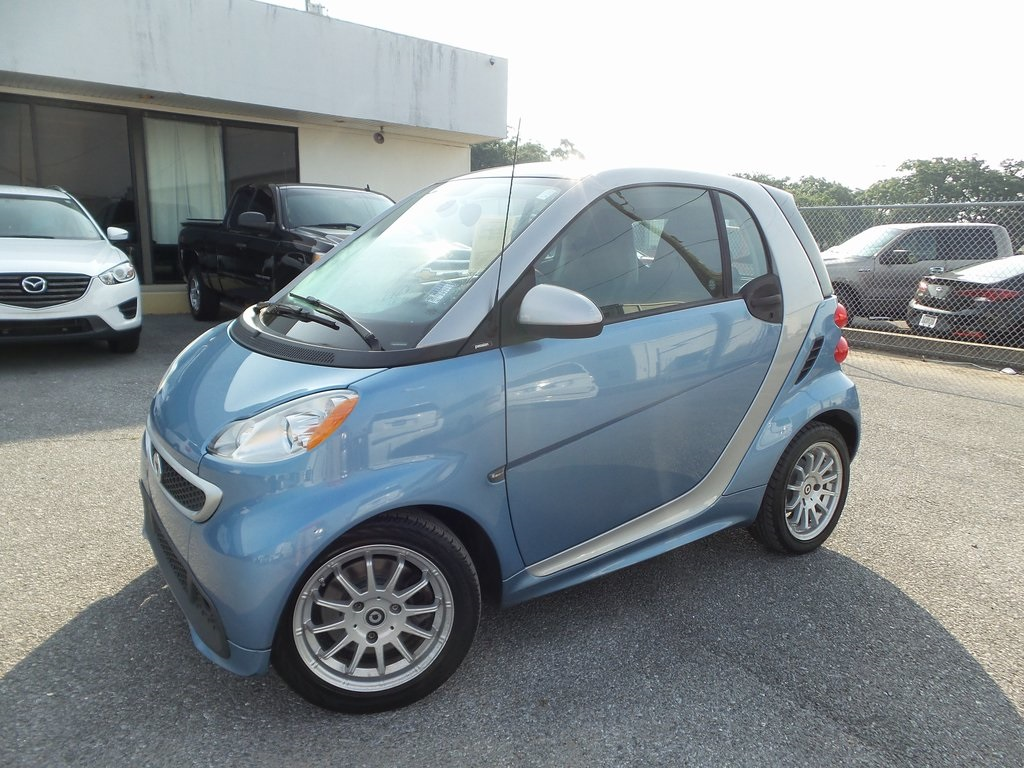 Sandy Sansing Used Cars >> Pre Owned 2013 Smart Fortwo Pure Rwd 2d Coupe